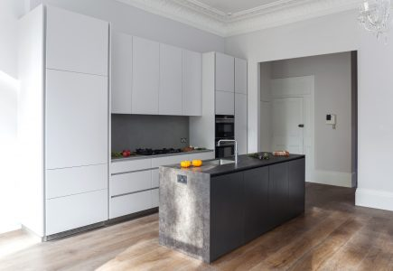 white bespoke kitchen