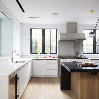 White Fitted Kitchen Furniture